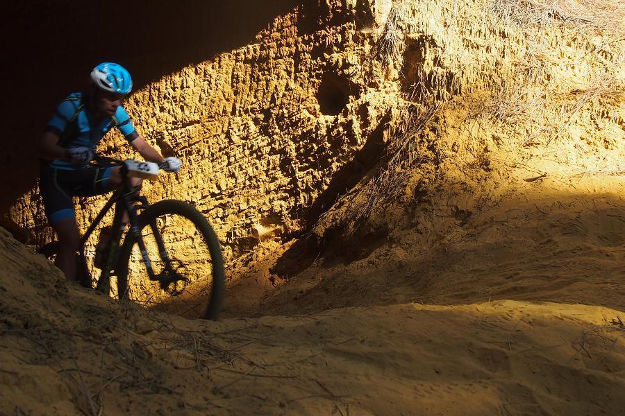 cycliste pendant séjour vélo en Luberon