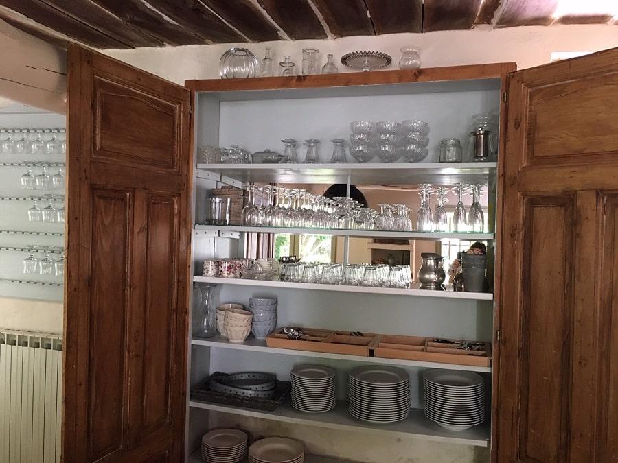 Vaisselle du Mas à louer en Luberon