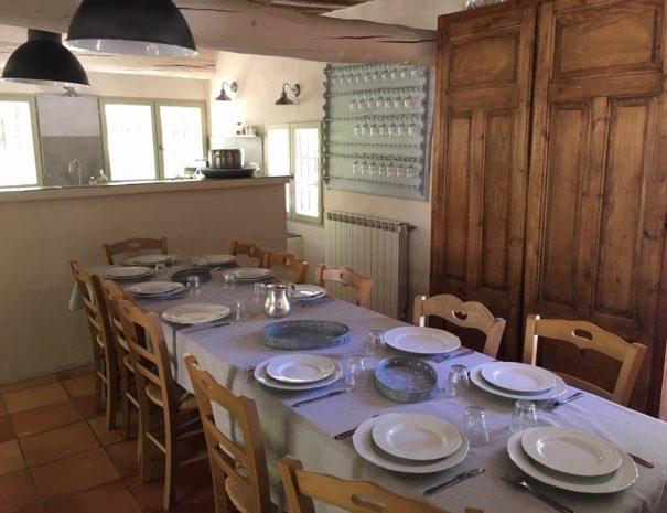 kitchen-table.mas-pierre-etoile
